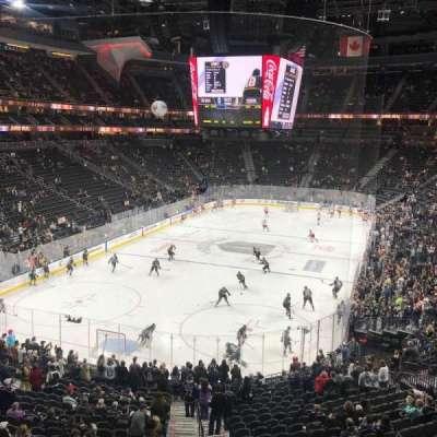 T-Mobile Arena, sección: 103, fila: A, asiento: 6