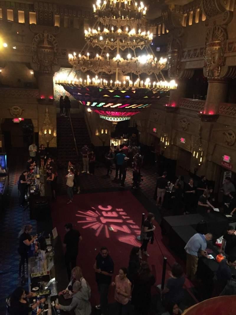 Aztec Theatre, sección: Lobby