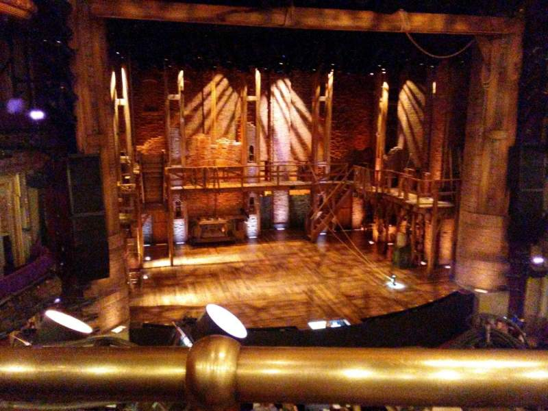 CIBC Theatre, sección: Mezzanine LC, fila: A, asiento: 317
