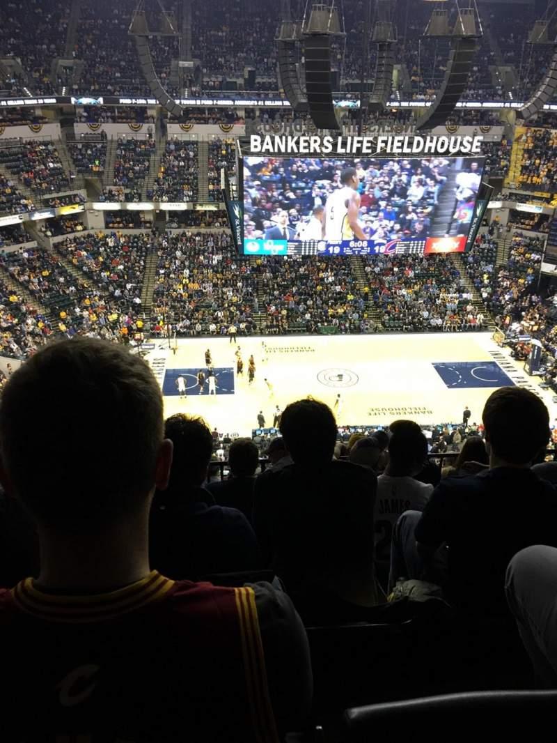 Bankers Life Fieldhouse, sección: 209, fila: 8, asiento: 17