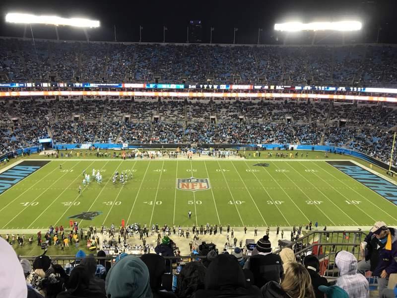 Bank of America Stadium, sección: 542, fila: 6, asiento: 10