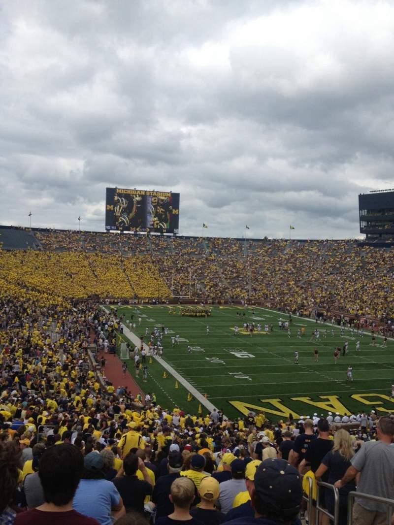 Vistas desde el asiento para Michigan Stadium Sección 15 Fila 59 Asiento 15