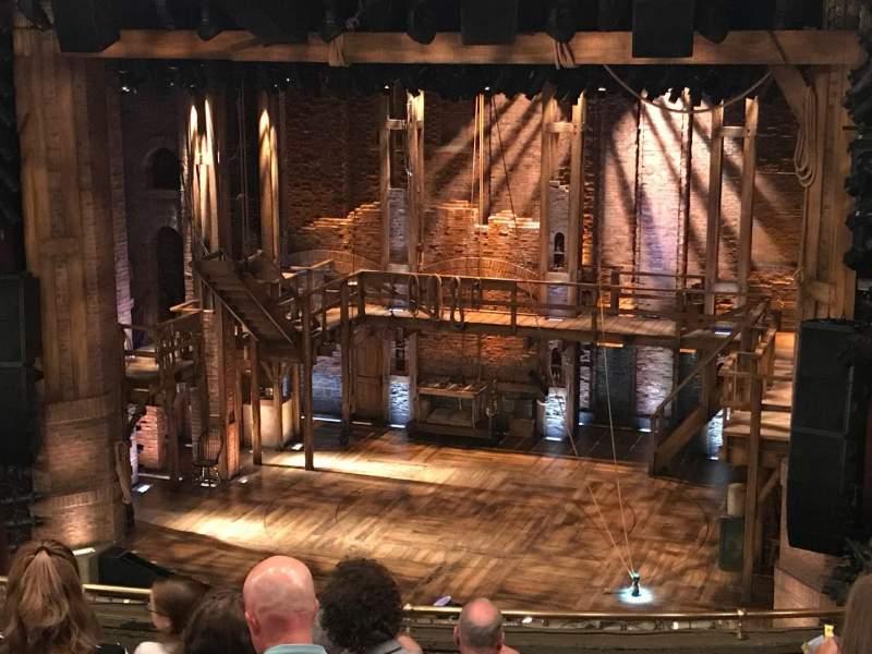 CIBC Theatre, sección: Mezzanine R, fila: J, asiento: 2