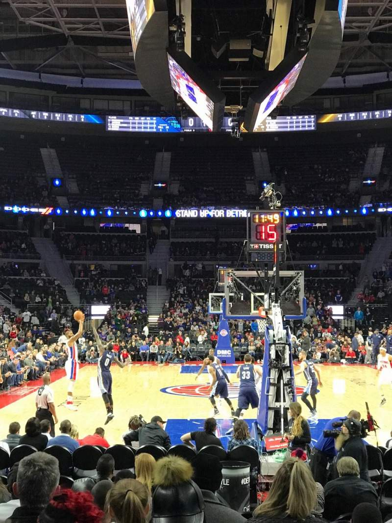 The Palace of Auburn Hills, sección: 120, fila: AA, asiento: 14
