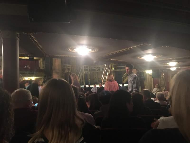 CIBC Theatre, sección: Orchestra R, fila: X, asiento: 12