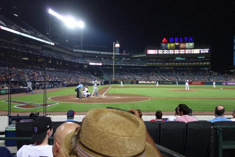 Turner Field, sección: 105R, fila: 4, asiento: 5