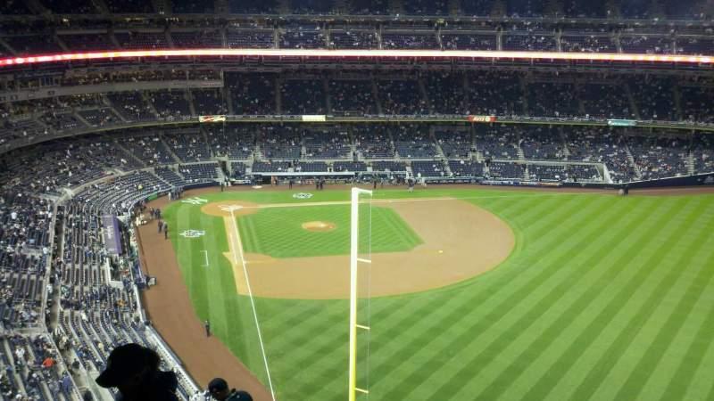 Vistas desde el asiento para Yankee Stadium Sección 407a Fila 11 Asiento 23
