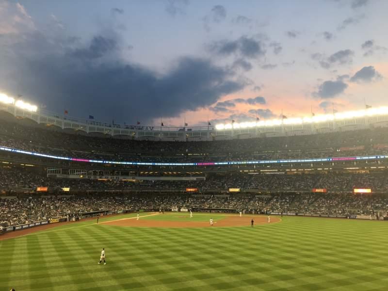 Vistas desde el asiento para Yankee Stadium Sección 203 Fila 5 Asiento 2