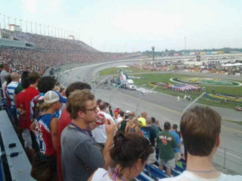 Vistas desde el asiento para Kentucky Speedway Sección 3F Fila 10 Asiento 6