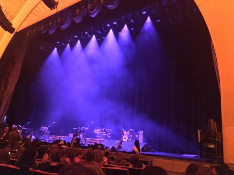 Radio City Music Hall, sección: Orchestra 2, fila: JJ, asiento: 211