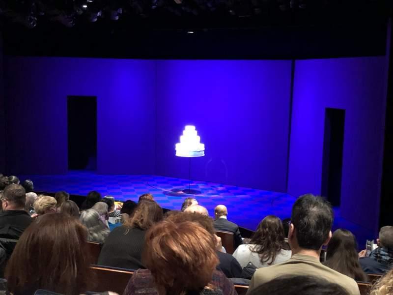 Vistas desde el asiento para Manhattan Theatre Club at the New York City CenterFila J Asiento 12