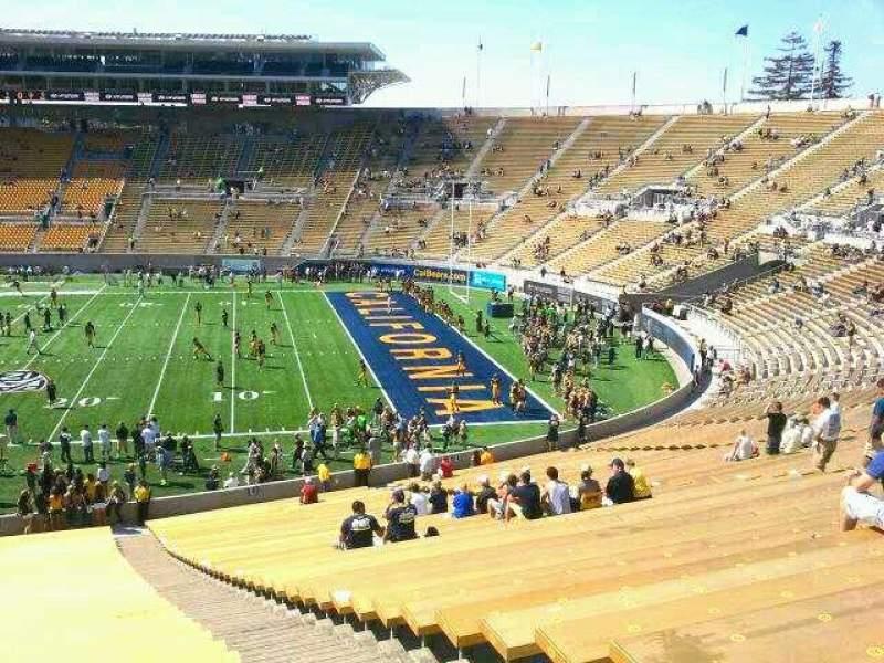 Vistas desde el asiento para California Memorial Stadium Sección TT Fila 51 Asiento 3