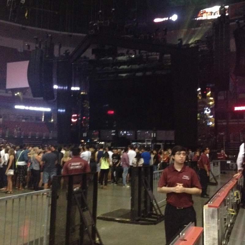 Honda Center, sección: 223, fila: 1, asiento: 6