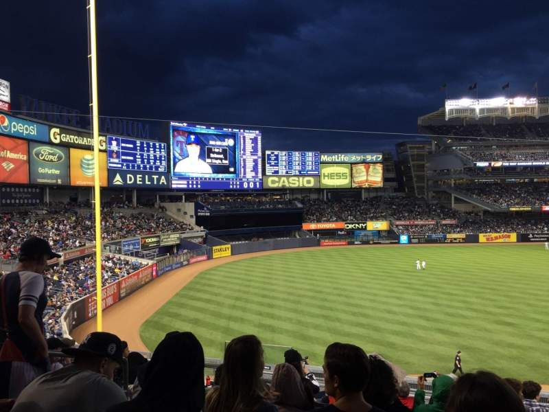 Vistas desde el asiento para Yankee Stadium Sección 229 Fila 9 Asiento 13