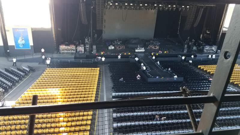 Vistas desde el asiento para Hollywood Casino Amphitheatre (Tinley Park) Sección Suite/Box 217 Fila 1 Asiento 4