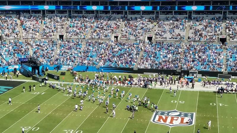 Bank of America Stadium, sección: 541, fila: 6, asiento: 17
