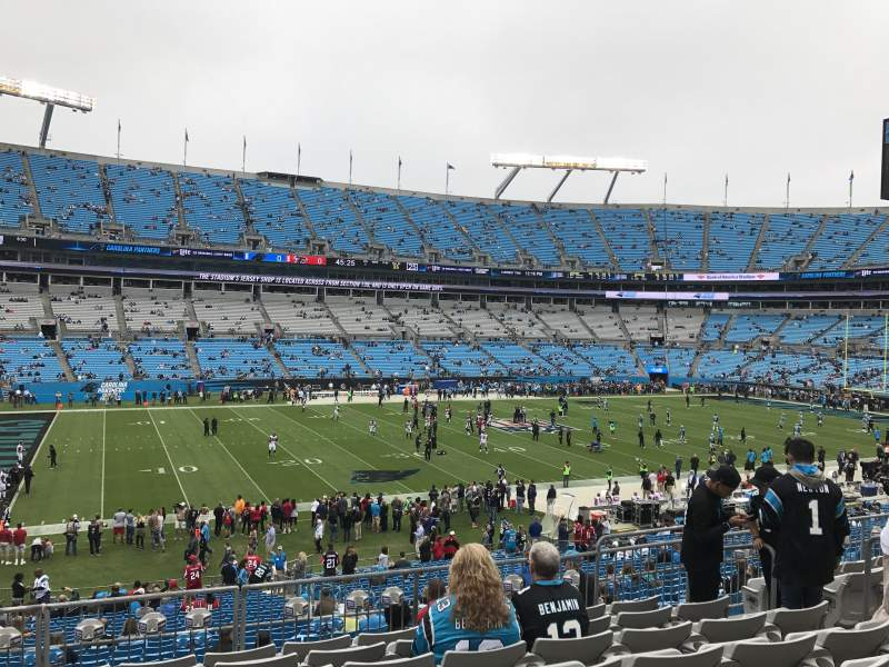 Bank of America Stadium, sección: 319, fila: 8, asiento: 8