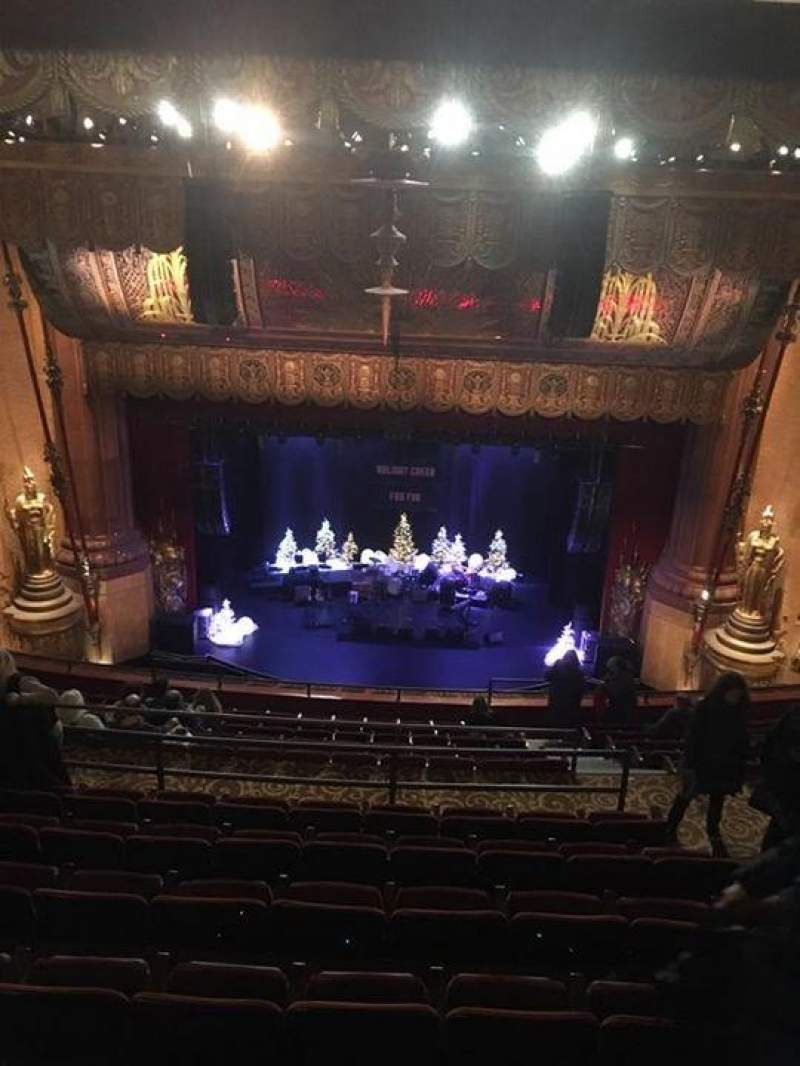 Beacon Theatre, sección: Upper Balcony, fila: M, asiento: 110