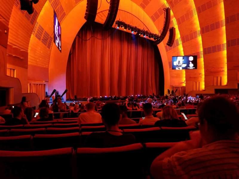 Radio City Music Hall, sección: Orchestra 7, fila: D, asiento: 707