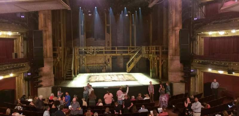 CIBC Theatre, sección: Dress Circle LC, fila: A, asiento: 203