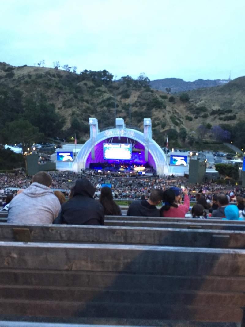Vistas desde el asiento para Hollywood Bowl Sección R2 Fila 11 Asiento 26