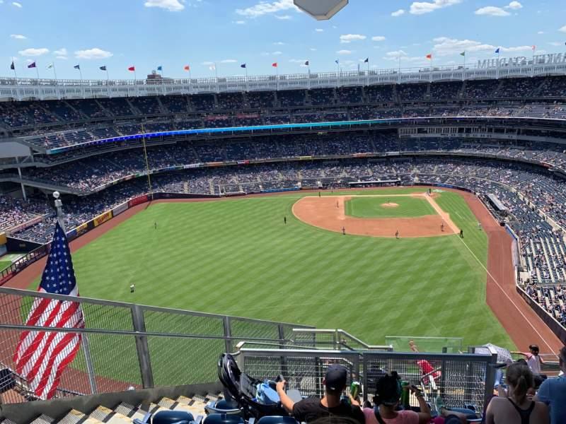 Vistas desde el asiento para Yankee Stadium Sección 434b Fila 11 Asiento 8