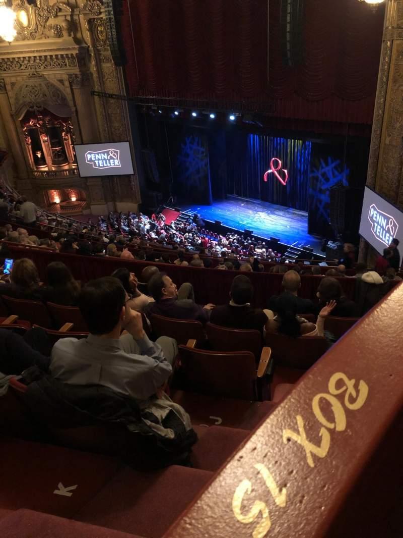 Vistas desde el asiento para Chicago Theatre Sección Balcony box 15