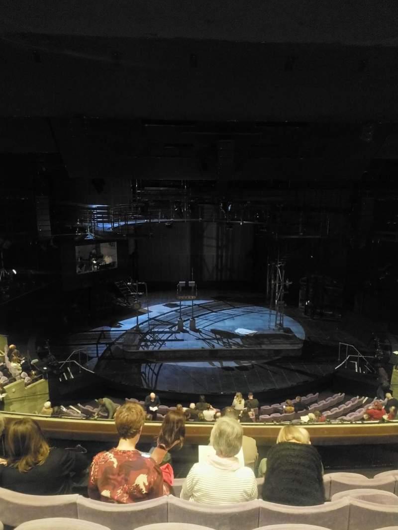 Vistas desde el asiento para The Olivier Theatre at the National Theatre Sección Circle Fila E Asiento 46