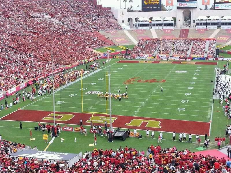 Vistas desde el asiento para Los Angeles Memorial Coliseum Sección 13L Fila 74 Asiento 21