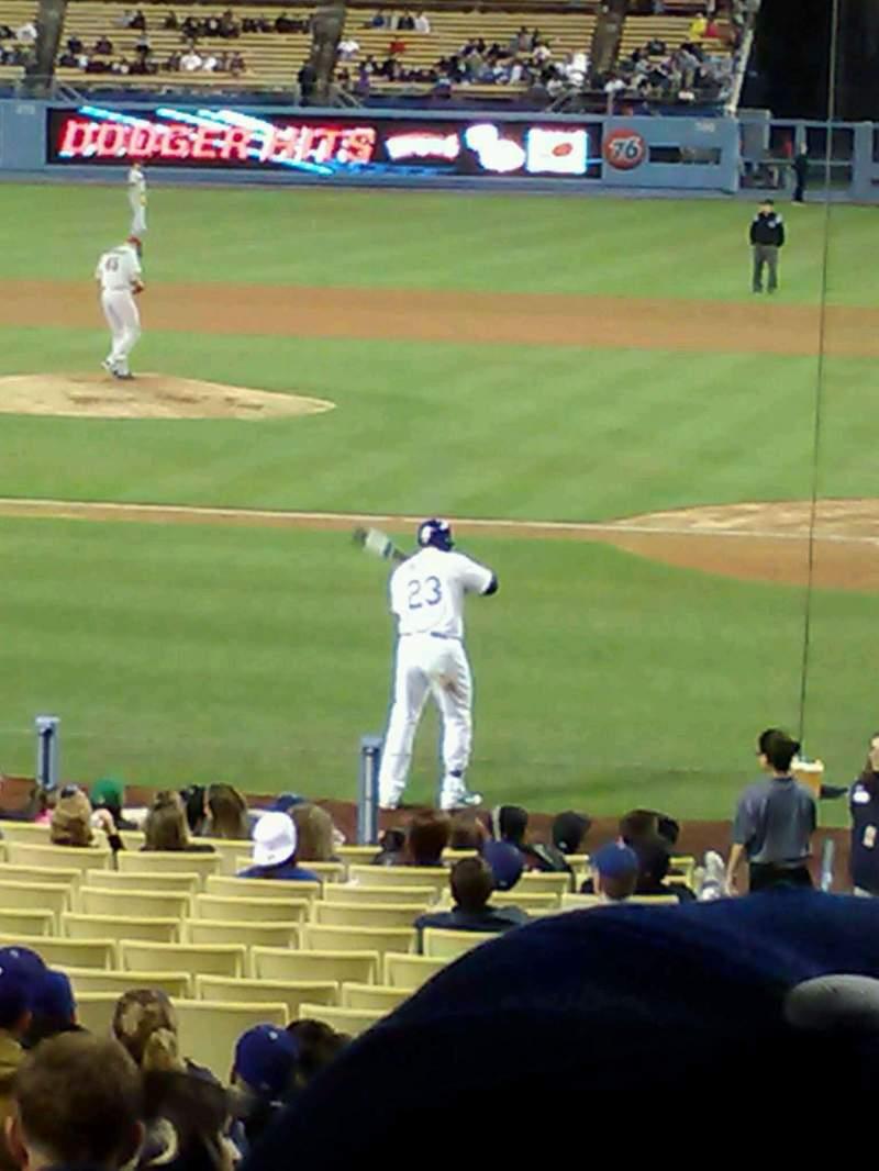 Dodger Stadium, sección: 9FD, fila: S, asiento: 2