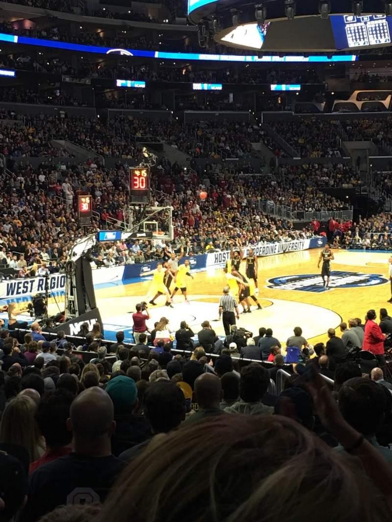 Staples Center, sección: 105, fila: 16, asiento: 7