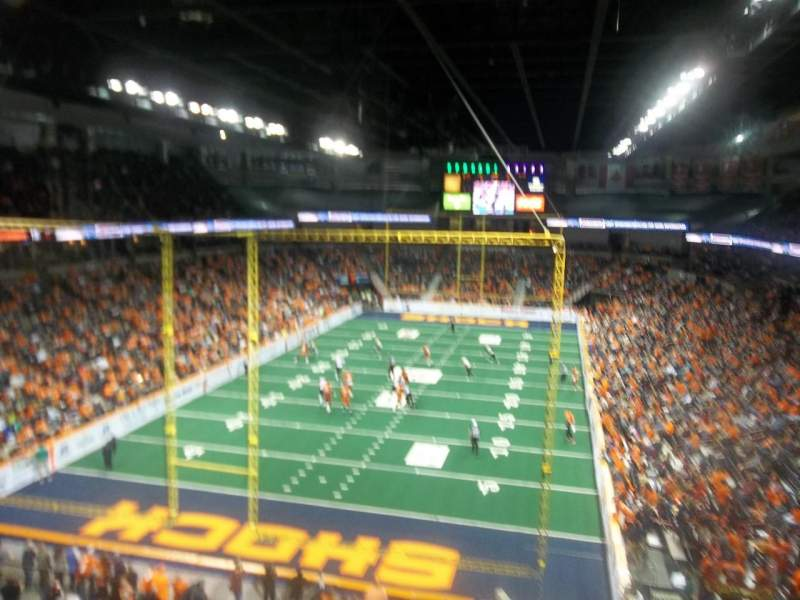 Spokane Arena, sección: 223, fila: M, asiento: 15