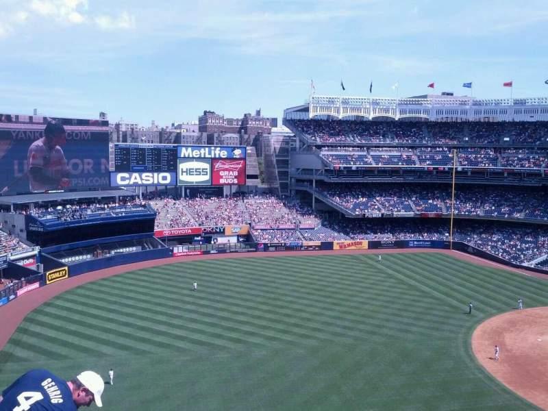Vistas desde el asiento para Yankee Stadium Sección 329 Fila 7 Asiento 12
