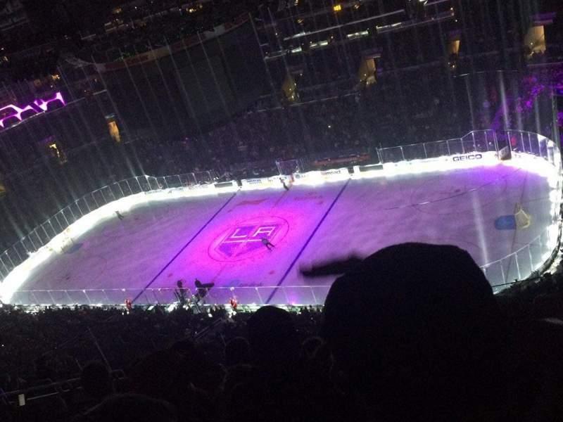 Staples Center, sección: 315, fila: 11, asiento: 15