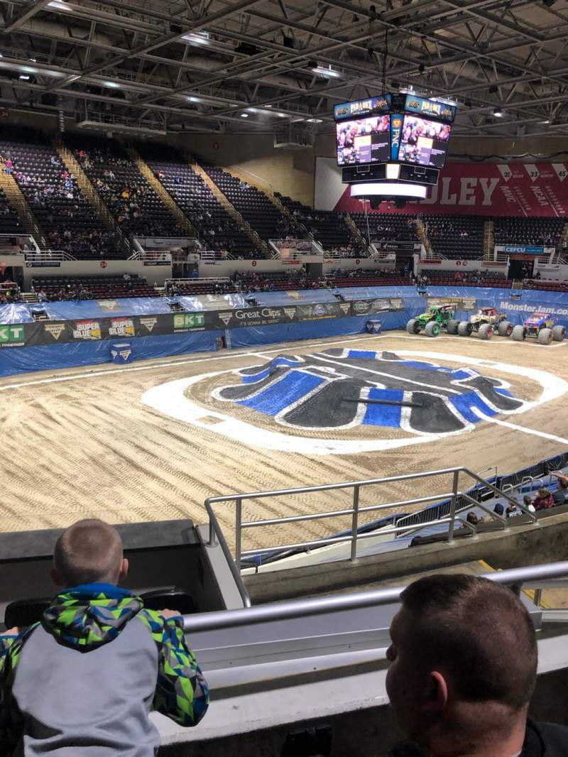 Vistas desde el asiento para Carver Arena Sección 17A Fila 11 Asiento 6