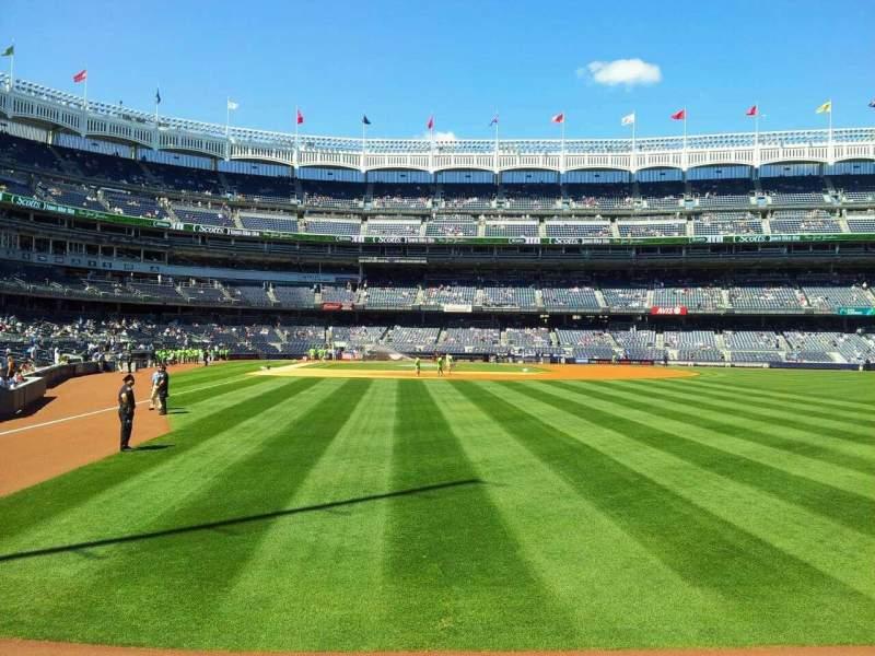 Vistas desde el asiento para Yankee Stadium Sección 106 Fila 10 Asiento 2