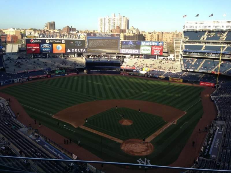 Yankee Stadium, sección: 420c, fila: 3, asiento: 11