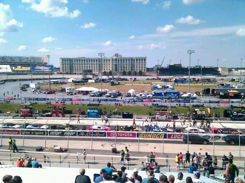 Vistas desde el asiento para Dover International Speedway Sección 104 Fila 30 Asiento 9