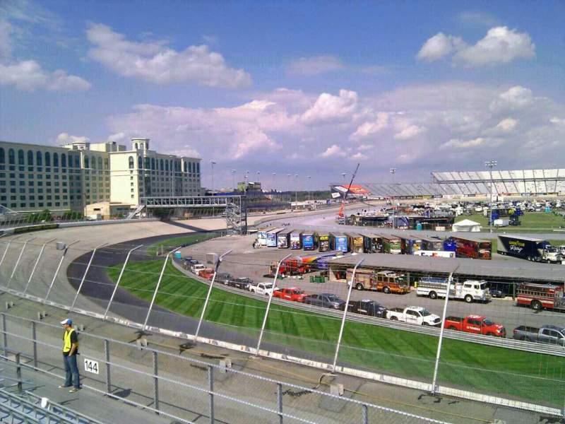 Vistas desde el asiento para Dover International Speedway Sección 143 Fila 14 Asiento 9