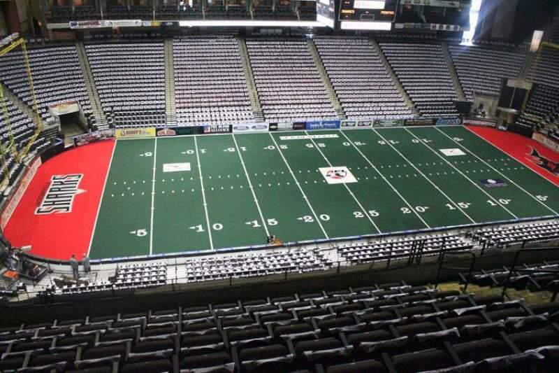 Jacksonville Veterans Memorial Arena, sección: 305, fila: H, asiento: 8