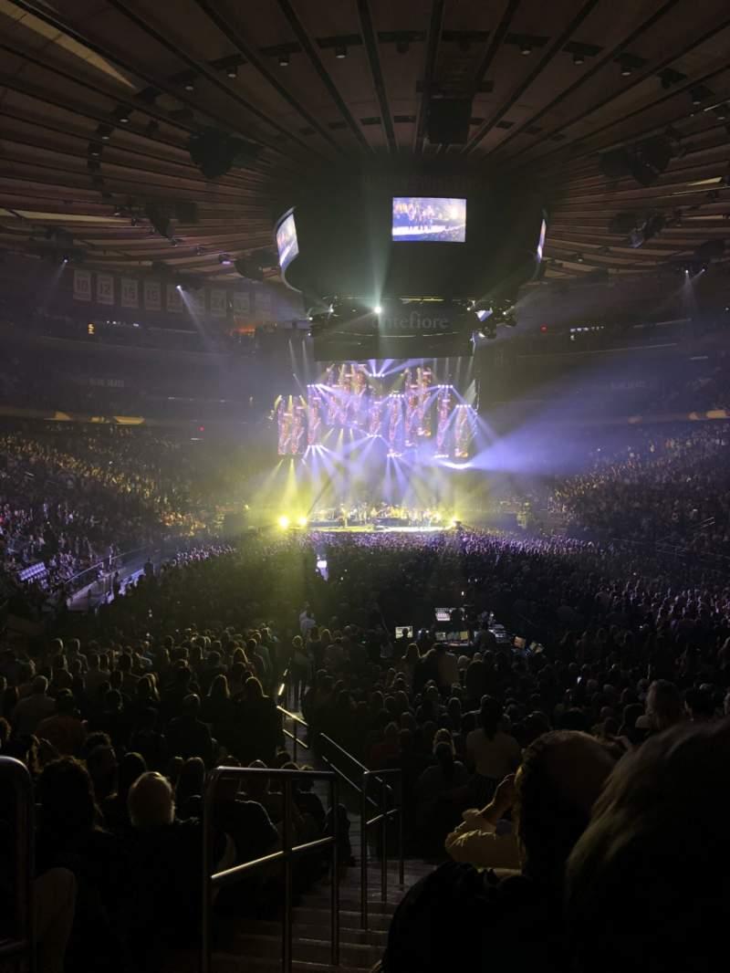 Vistas desde el asiento para Madison Square Garden Sección 102 Fila 14 Asiento 1