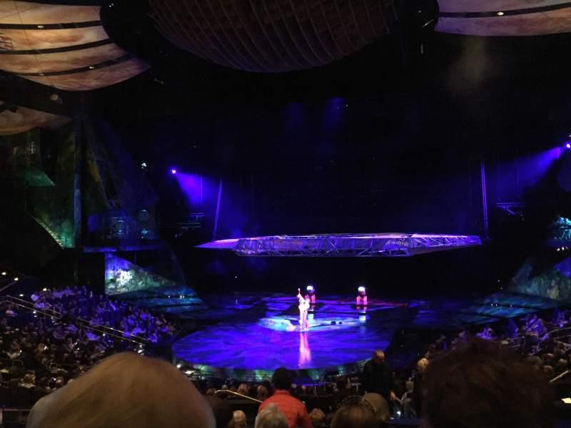 Vistas desde el asiento para Mystere Theatre at Treasure Island Sección 204 Fila GG Asiento 6