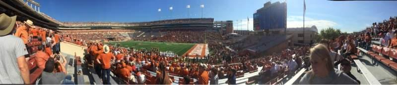 Vistas desde el asiento para Texas Memorial Stadium Sección 2 Fila 28 Asiento 1