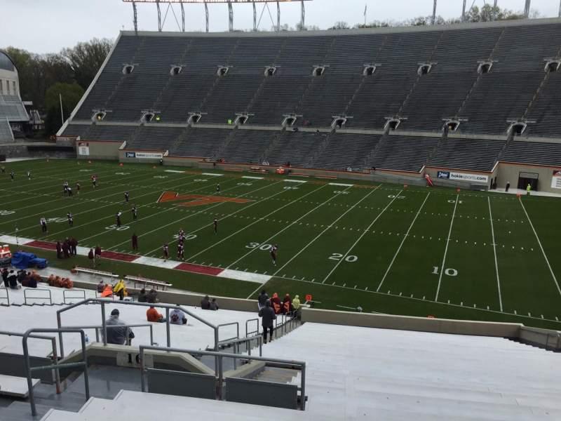 Lane Stadium, sección: 16, fila: XX, asiento: 14