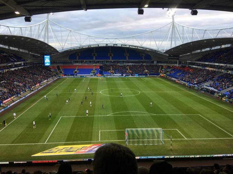Vistas desde el asiento para University of Bolton Stadium Sección N Fila LL Asiento 59