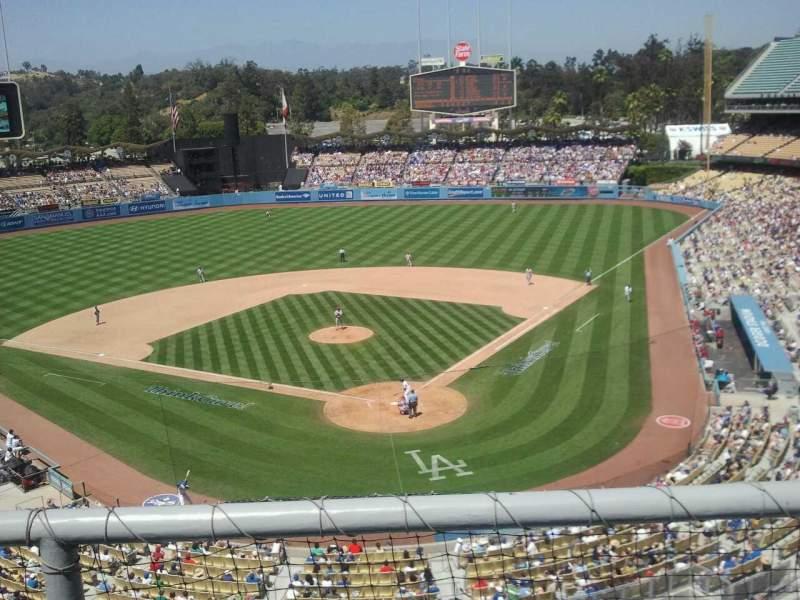 Vistas desde el asiento para Dodger Stadium Sección 3rs Fila b Asiento 15