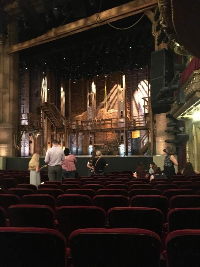 CIBC Theatre, sección: Orchestra R, fila: P, asiento: 16