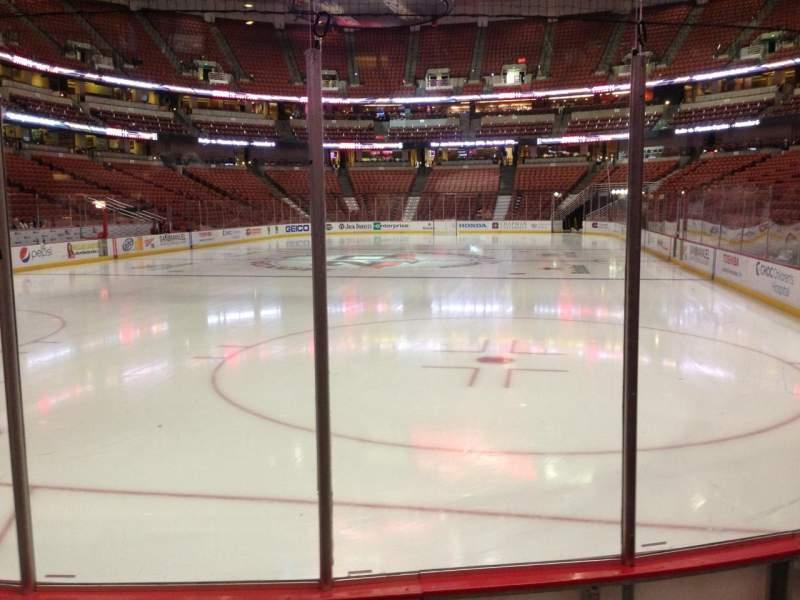 Honda Center, sección: 228, fila: D, asiento: 10
