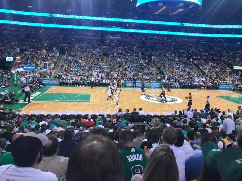 TD Garden, sección: Loge 13, fila: 13, asiento: 5