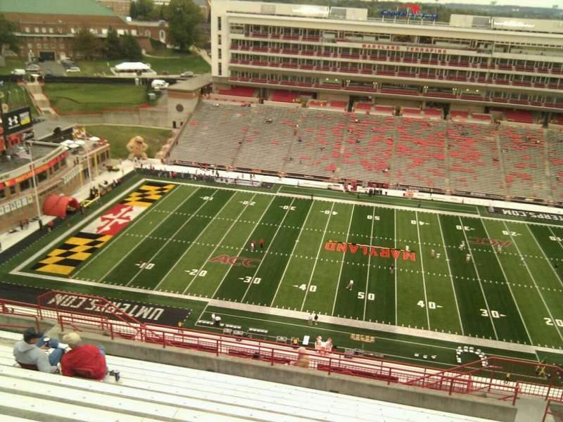 Maryland Stadium, sección: 306, fila: v, asiento: 17